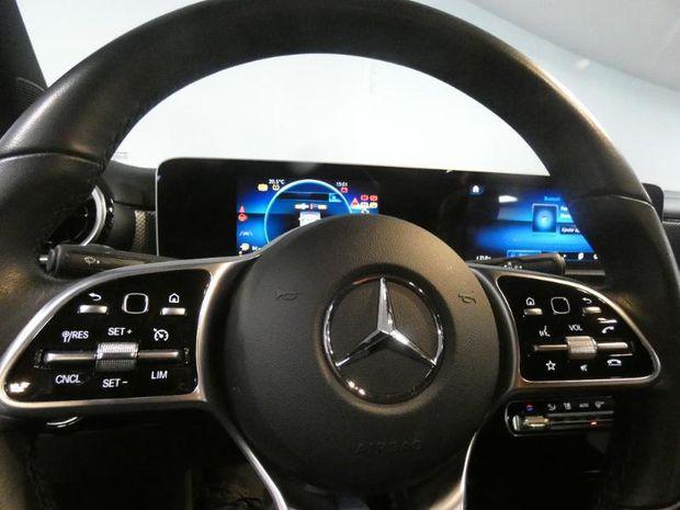 Photo miniature de la Mercedes CLA 180 136ch Business Line 7G-DCT 2019 d'occasion