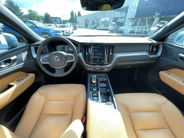 Photo miniature de la Volvo XC60 T8 Twin Engine 303 + 87ch Business Executive Geartronic 2018 d'occasion