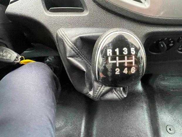 Photo miniature de la Ford Transit 2T CCb P350 L4 RJ HD 2.0 TDCi 170ch Double Cabine Trend 2018 d'occasion