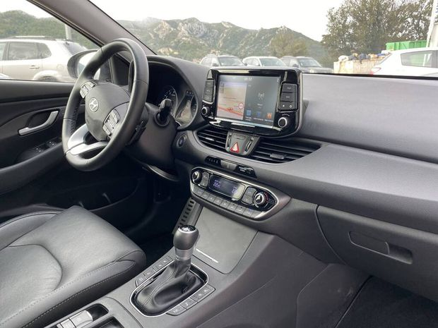 Photo miniature de la Hyundai i30 FASTBACK 1.4 T-GDi 140 DCT-7 Executive 2018 d'occasion
