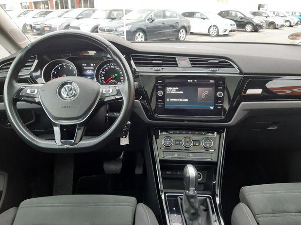 Photo miniature de la Volkswagen Touran 1.4 TSI 150 BMT DSG7 7pl Carat 2017 d'occasion