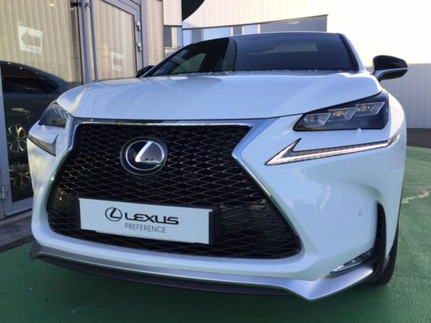 Photo miniature de la Lexus NX 300h 4WD F SPORT 2017 d'occasion