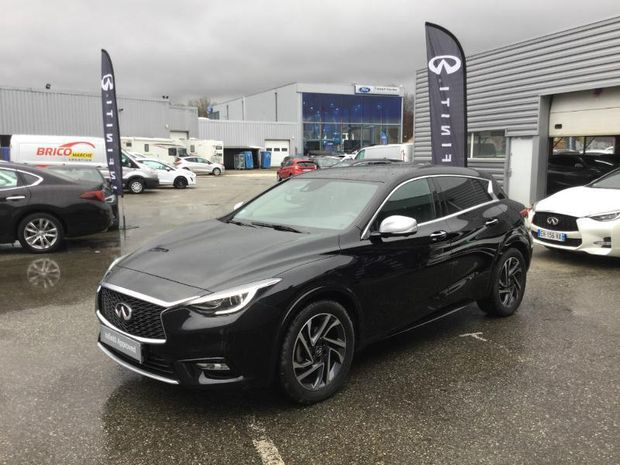 Photo miniature de la Infiniti Q30 1.5d 109ch Premium City Black 2017 d'occasion