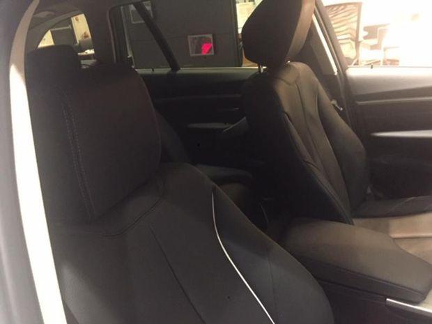 Photo miniature de la BMW Serie 3 Touring 318dA 150ch Luxury 2017 d'occasion