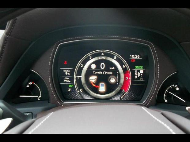 Photo miniature de la Lexus LS 500h 359ch Executive 4WD 2017 d'occasion