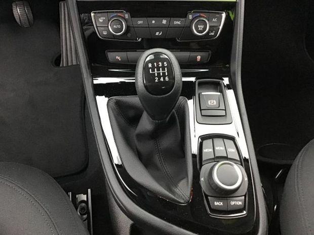 Photo miniature de la BMW Serie 2 ActiveTourer 214d 95ch Lounge 2017 d'occasion