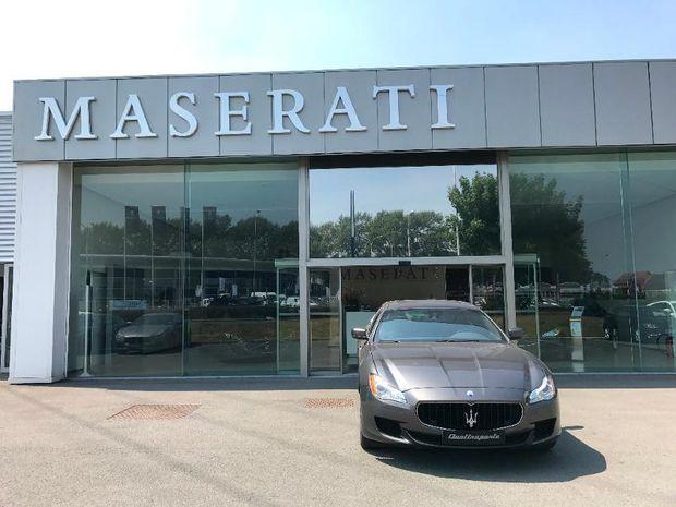 Photo miniature de la Maserati Quattroporte 3.0 V6 275ch Start/Stop Diesel 2015 d'occasion