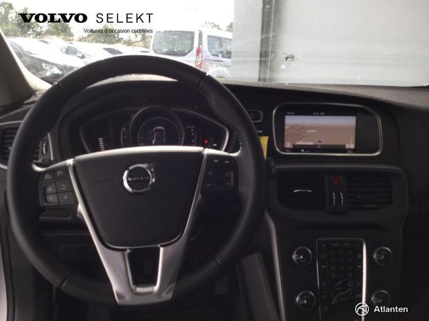 Photo miniature de la Volvo V40 T2 122ch Business 2018 d'occasion