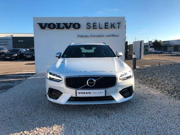 Photo miniature de la Volvo V90 D5 AWD 235ch R-Design Geartronic 2017 d'occasion