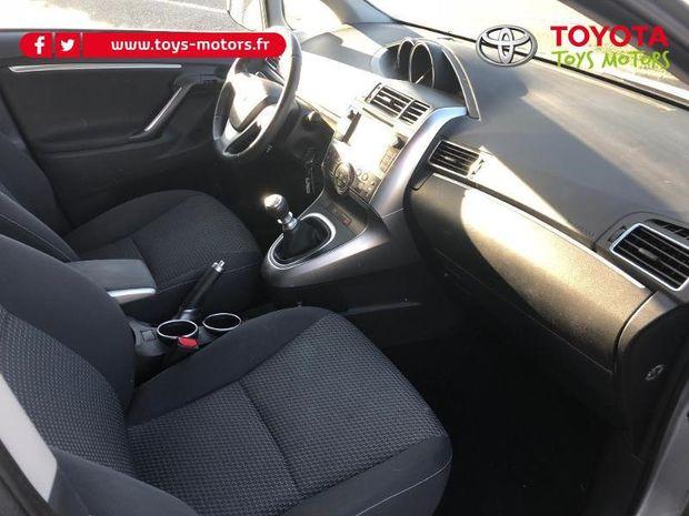 Photo miniature de la Toyota Verso 112 D-4D FAP Feel! 5 places 2015 d'occasion