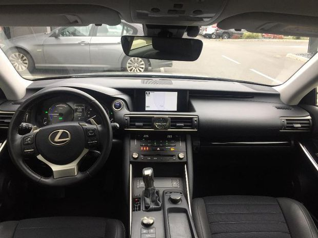 Photo miniature de la Lexus IS 300h Pack 2018 d'occasion